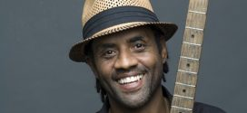 "Kenny Neal<span style=""font-size: small;""><em>  Internationales de la guitare</em></span>"