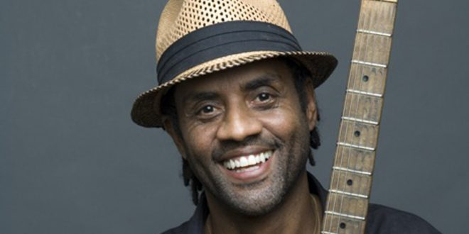 "Kenny Neal</br><span style=""font-size: small;""><em>  Internationales de la guitare</em></span>"